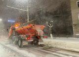 Спецтехника убирает снег в Рязани в круглосуточном режиме