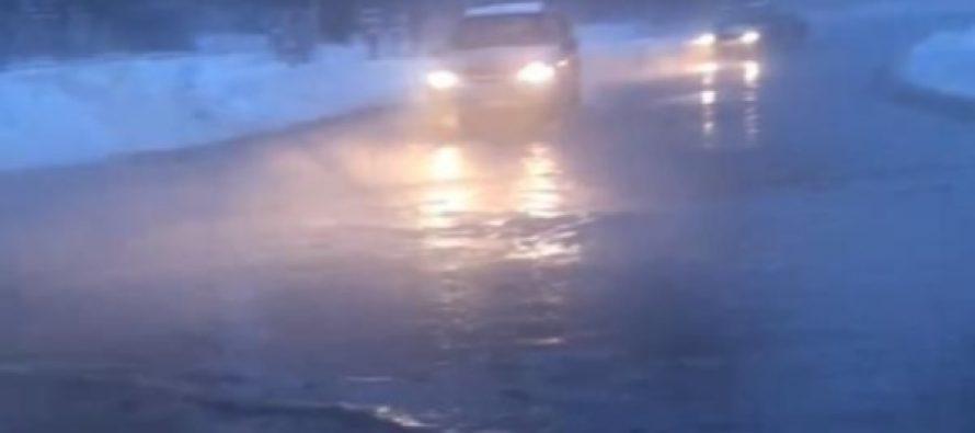 Голенчинское шоссе в Рязани залило кипятком