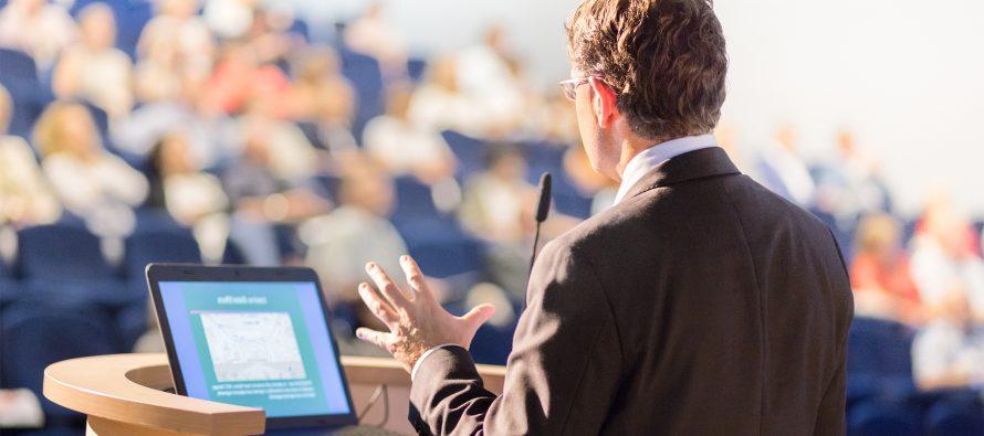 Ученые нашли рецепт идеальной речи, вызывающей доверие слушателей