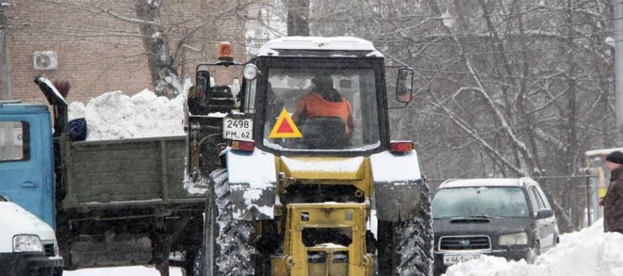 Подрядчики чистят снег на окраинах Рязани и в частном секторе