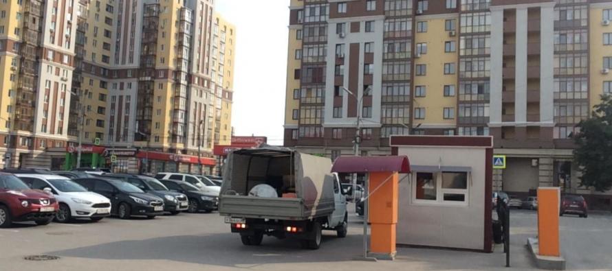 Житель Рязани хочет организовать платную парковку на собственном участке