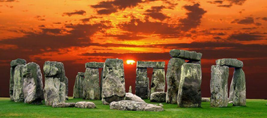 У Стоунхенджа найдены древние захоронения