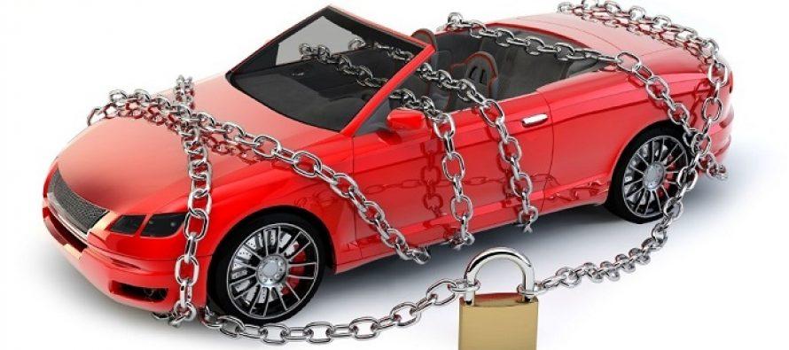 Из-за неоплаченных штрафов у жительницы Рязани арестовали Mercedes