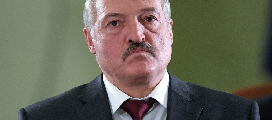 Лукашенко предложил России размещать самолеты на авиабазах в Беларуси