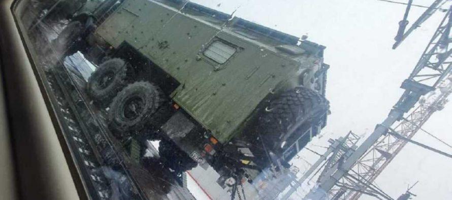 В Сети показали эшелоны с военной техникой в Ростовской области на границе с Украиной