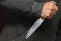 Полицейские Рижска пресекли бытовую ссору, в ходе которой муж хотел зарезать жену