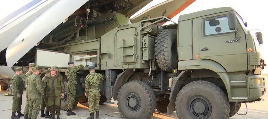 Сбившие F-117 военные показали министру обороны Сербии возможности российских «Панцирей»