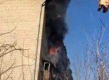 В рязанском общежитии на ул. Магистральной вспыхнул пожар на балконе