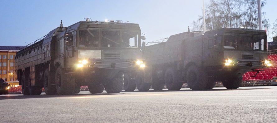 В Воронеж доставлены четыре ОТРК «Искандер» для участия в параде Победы