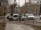 В Рязани водитель протаранил столб и бросил на месте аварии 16-летнюю пострадавшую