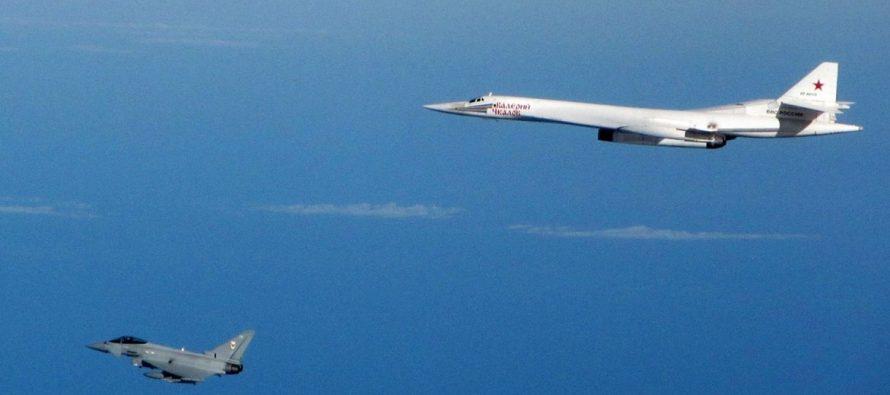 Китайские эксперты рассказали о неожиданном для пилотов НАТО маневре российского Ту-160 «Белый лебедь»