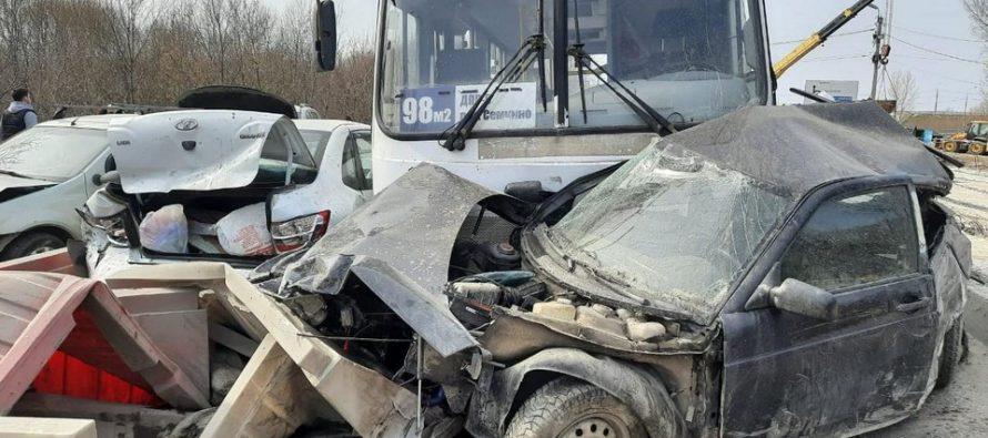 Любимов поручил принять меры для обеспечения безопасности пассажирских перевозок