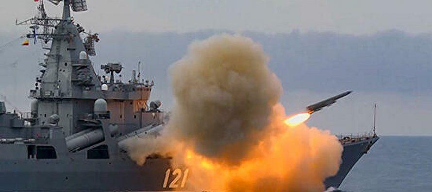 Политик из ЛНР рассказал об ответе крейсера «Москва» на «непрошенные прогулки» США и Британии в Черном море