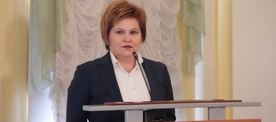 Елена Сорокина поручила помочь рязанке с двумя детьми переселиться из аварийного дома