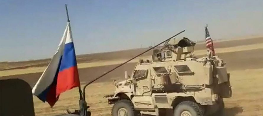 В сеть выложили видео с погоней российских бронеавтомобилей за военными США в Сирии