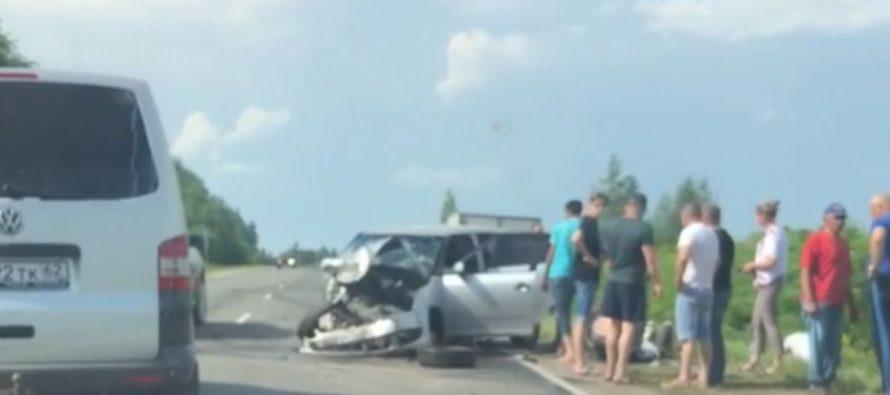 Под Рязанью произошло серьезное ДТП с участием двух авто