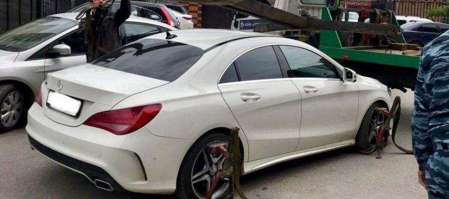 У жителя рязани арестовали Mercedes бизнес-класса за долг в 12 миллионов рублей