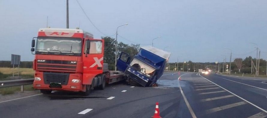 В Путятинском районе произошло ДТП с двумя грузовиками из Саратовской области