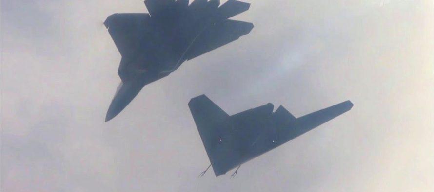 Двухместный Су-57 и БПЛА «Охотник» образуют убийственную связку