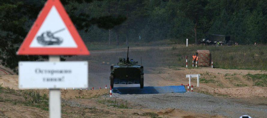 Российские десантники уверенно победили в гонке преследования на полигоне Дубровичи под Рязанью