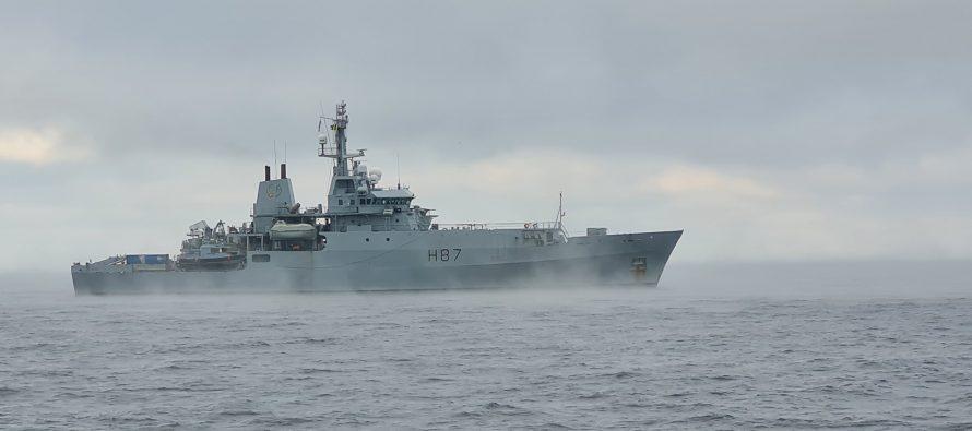 Военный корабль Великобритании ворвался в зону учений Северного флота РФ
